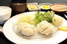 白カツヒレ定食