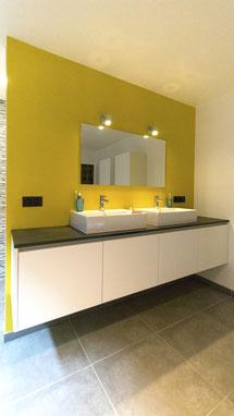 Badkamer meubel met opbouw lavabo's