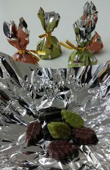 モンロワールの葉っぱのチョコです