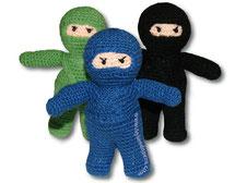 Cómo tejer ninjas a crochet en la técnica del amigurumi