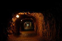 オフスカ地下施設