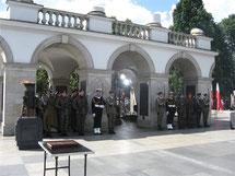ワルシャワ 無名戦士の墓