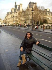 Vor dem Rathaus von Paris