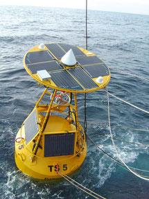 Stand-alone-Systeme von SOLARA für Seezeichen auf allen Weltmeeren Zuhause. Zuverlässig Solarstrom für viele Jahrzehnte!