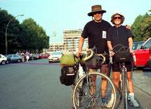 mit Hanni vor dem Brandenburger Tor