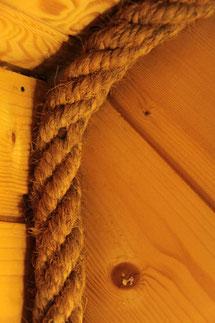 Décor de bois et de cordage naturels