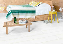 En pvc-vloer biedt meer keuze als je voor uni kleuren, betonlook of 'tegellook' gaat