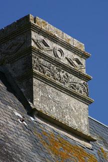 Cheminée XVIème siècle - Château de Saveilles - Château fort Charente - Saveille - Château en Charente - Visite de château groupe - Visite château en famille - Château de la Renaissance