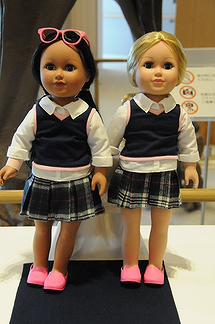 ヒルダちゃん(左)とミミーちゃん
