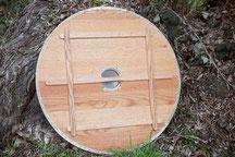 ars scutae escudo vikingo plano madera roble cantonera de piel 90 cm umbo de hierro empuñadura asa manija refuerzos interiores