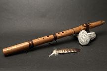 Barrique-Flöte aus ca. 300 jähriger Eiche, davon 200 Jahre als Weinfass, das Holz riecht nach Wein! Ton Cis, 432 Hz