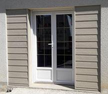 Double porte en PVC avec vitrage 8 carreaux par vantail - FMA Menuiserie Lezay