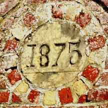 1875: date de construction du bâtiment