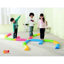 Parcours d'équilibre pour enfants. Matériel sportif et pédagogique enfants à acheter pas cher.