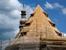 Restauration de la toiture en 2014 - Bardeaux de meleze d'Autriche et epicéa du Jura - eglise des verriers lettenbach verrerie saint-quirin