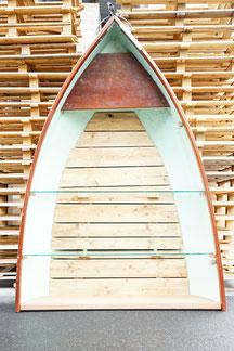 vintage holz regal aus einem schiff mit glastablar