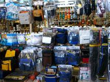 腰袋、道具箱、防塵メガネ、マスク類