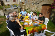 petit déjeuner au jardin du Drac