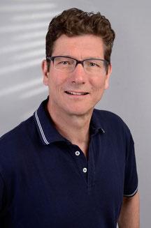 Dr. Michael Stera, Zahnarzt in Schwalmtal, Keramikzähne, Implantate