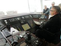 Auf der Brücke mit bulg. Kapitän