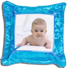 Фото на подушке. Фото на подушке квадратной, треугольной, сердце, прямоугольная и комбинированная. Купить подушки с индивидуальной фотографией.