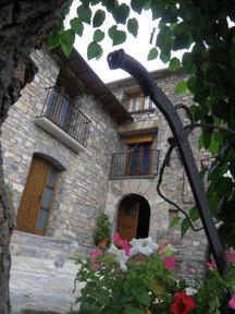 Apartamentos Turisticos Casa Cosculluela
