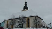 St. Georgskirche in der Dorfmitte von Streitau