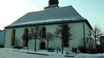 Blick zur Dorfkirche in Streitau am Ostermontag am 01.04.2013 um 07:27 Uhr Temperatur -3°C bis -6°C leider gibt es keinen Osterbrunnen, dafür aber immer noch etwas Schnee.
