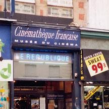 L'Action République, devenu un lieu de programmation de la Cinémathèque fermera ses portes en 2003.