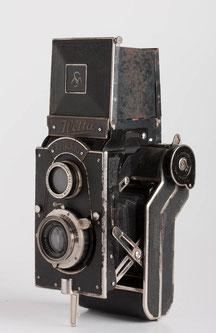 Welta Perfekta,Carl Zeiss Jena Tessar,1:3,8/75mm