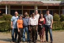 Gruppenfoto mit   Chakochan, George, Jörg und Martina von Elephant Beans und Sonia