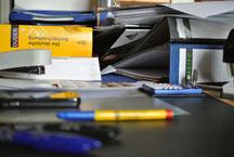 Foto zu Nie mehr Stapel - gut organisiert im Büro