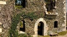 Burgruinen auf dem Schloßberg