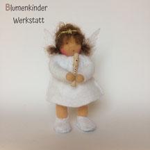 Blumenkinderwerkstatt Engel mit Beinchen und Blockflöte