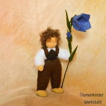 Blumenkinderwerkstatt Glockenblumenjunge Barfuß