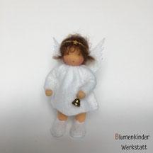Blumenkinderwerkstatt Engel mit Beinchen und Glöckchen