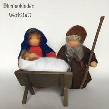Blumenkinderwerkstatt Maria Josef und Kind in Krippe
