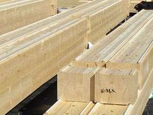 Der sortierte Blockhausbausatz auf der Baustelle - Blockhaus Desichtigung - Wohnhaus - Einfamilienhaus - Holzhaus