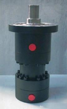 cilindro oleodinamico, serie RR, cililindro, a norma iso 6022, cilindri oleodinamici, serie RR, varese, italia, italy,a norma iso 6022, cilindro alesaggio 160, alesaggio 160, fissaggio fta, kompaut,