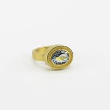 Goldschmiede HAGEN | Ring mit Edelstein