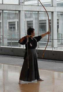 飯島千代子先生による矢渡し