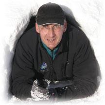 Bruno ROUSSEAU accompagnateur en montagne, moniteur de tir à l'arc, instructeur de marche nordique dans les Pyrénées