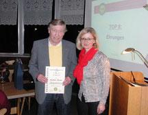Ehrung für Rudolf Baierl für 50 Jahre Mitgliedschaft im TCA