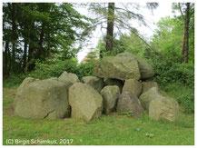 Birgit Schimkus, Megalithic tomb near Missunde