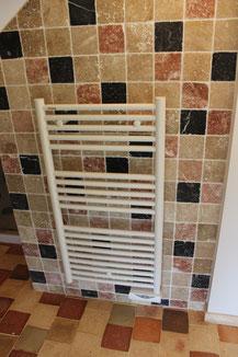 Radiateur électrique sèche-serviettes (image)