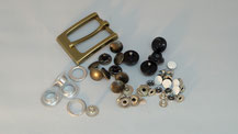 金属金具打ち、縫製