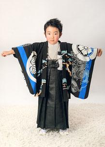 5-39 葵紋と龍 ブラックの着物