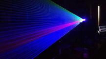 レーザー照射の様子