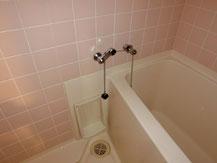 タイル張り浴室施工前