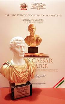 """La prestigiosa statuetta del Premio """"Giulio Cesare Imperatore"""""""